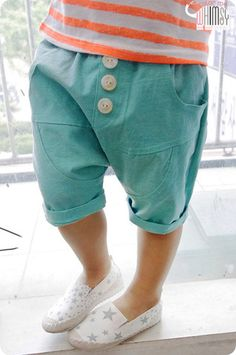 Mint Shorts for unisex kids fashion at colormewhimsy.I realize these are for kids but I WANT THEM! Trendy Baby Boy Clothes, Sewing Baby Clothes, Unisex Baby Clothes, Baby Sewing, Diy Clothes, Fashion Clothes, Baby Outfits, Boys Summer Outfits, Fashion Kids