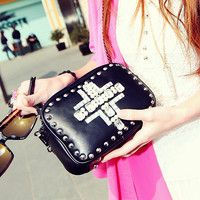 Rhinestone Rivet Punk Chain Clutch Bag shoulder bag $29.00
