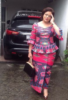 Ankara Skirt and Blouse Style 2019 for Working Office.Ankara Skirt and Blouse Style 2019 for Working Office African Fashion Ankara, Latest African Fashion Dresses, African Dresses For Women, African Print Dresses, African Print Fashion, Africa Fashion, African Attire, African Wear, African Women