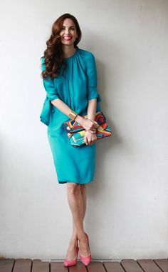 ¡Un look muy primaveral y lleno de color! Turquoise Dress, Pink Dress, Vestidos Color Rojo, Summer Work Dresses, Fall Dresses, The Style Council, Mother Of Bride Outfits, Looks Chic, Fashion Forever