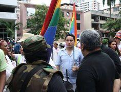 """""""Esto no es un circo, me dijeron"""" – Derechos gay bajo critica internacional"""