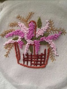 Fly Stitch Leaf &French Knots