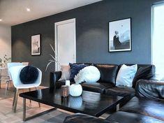 10 hjem malt i St Pauls blue 5030 fra Jotun St Pauls Blue, Sofa, Couch, Furniture, Home Decor, Nye, Robin, Beauty, Pintura