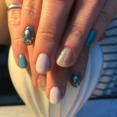 Someone is feeling a little nautical today  #nails #nailart #nailstamps #niagarafalls #NiagaraFallsnails #manicure #igdaily #instagood #summernails #summer #sparkles #positivevibes #goodvibes #goodmorning #goodnight #prettythings #girlythings #bsg #nailtech #work #lifestyle #beauty #love #happy #fun #engineer #ironring #smart #girlpower #friends