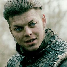 Tale Of Ragnars Sons — alessa-10: ivar 'sarcasm is my middle name'... Vikings Show, Vikings Tv Series, Vikings Tumblr, Viking Names, Valhalla Viking, Alex Hogh Andersen, Ivar The Boneless, Ragnar Lothbrok, Shannara Chronicles
