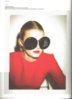 Fashion : Fall / Winter. Round sunnies.
