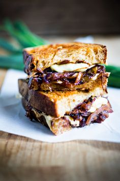 French Onion Soup grilled cheese sandwich w/ caramelized red onions, melty gruyere | www.feastingathome.com