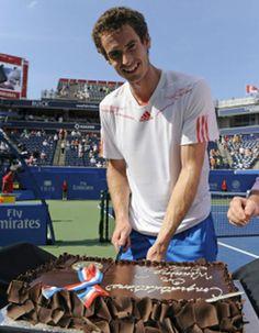 Tennis: Andy Murray cake in Toronto