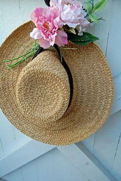 Boite A Chapeau, Printemps, Fleurs, Campagne, Jardin Rose, Chapeaux D  03a1ecd3813