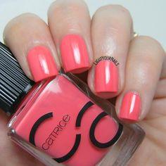 Catrice ICONails 07 Meet Me At Coral Island nail polish