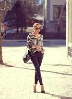New Romantics Dress Be Attractive With Black White Fashion Fall 2013 Fashion trends fashion dress fashion dress fashion dress Cute College Outfits, Cute Outfits, Fall Outfits, Mode Chic, Mode Style, Look Fashion, Womens Fashion, Fashion Design, Street Fashion