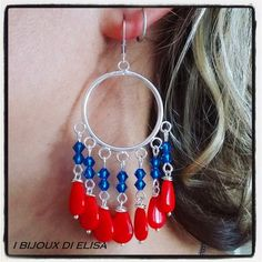 Orecchini Frida rossi e blu #earrings #handmade #jewels #handmadejewels #fattoamano #gioielli #bijoux #bigiotteriaartigianale #red #blue #rosso #blu #swarovski #crystal #crystals #ibijouxdielisa