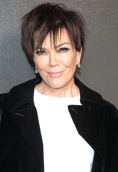 Kris Jenner paid a visit to Blac Chyna on Friday, Jan. 29, a few days after news broke that the model and her son, Rob Kardashian, are dating — see the photos