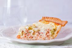 This Mothers Day, give the gift of a gourmet lunch How To Cook Asparagus, Fresh Asparagus, Asparagus Recipe, Salmon Quiche, Nordic Recipe, Tacos, Baked Rolls, Quiche Recipes, French Food