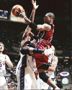 Dwyane Wade Autographed 8x10 Photo Miami Heat PSA/DNA #Q89174