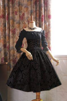 Surface Spell -Lady in Darkness- Dark-striped High Waist Fishbone Lolita Skirt - Customziable black