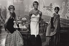 Diane Arbus - Three Transvestites, |