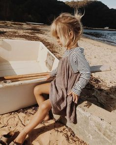 Cute little girls outfit! Source by erdenkindsimone fall fashion kids Cute Little Girls Outfits, Little Girl Fashion, Toddler Fashion, Kids Fashion, Fashion Clothes, Little Girl Style, Fashion Ideas, Dress Clothes, Fashion Trends