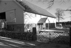 Lensmannsløa på Varhaug Cabin, House Styles, Outdoor Decor, Home Decor, Homemade Home Decor, Decoration Home, Home Decoration