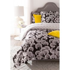 A mesmerizing pattern by artist Florence Broadhurst covers this Surya Japanese Floral Duvet Set - Black / White . Made of cotton sateen,. Floral Bedding, Linen Bedding, Bed Linen, Gray Bedspread, Florence Broadhurst, Yellow Cushions, Burke Decor, Queen Duvet, Boutique