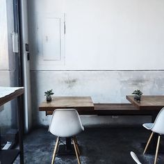 """""""The day started here. @ap_creative #cafescene #apcafe  #brooklyn #newyork #coffee #interiors #minimal #greenlove #igers"""" Photo taken by @meghan_plowman on Instagram, pinned via the InstaPin iOS App! http://www.instapinapp.com (09/24/2015)"""
