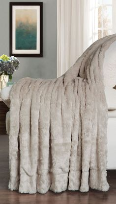 Beige Oatmeal Double Sided Faux Fur Throw Blanket, super soft for use and excellent for home decor #HST #HomeSoftThings #DoubleYourPleasure