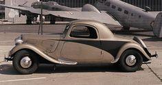 - The 100 most beautiful cars (The Daily Telegraph) Psa Peugeot Citroen, Citroen Car, Vintage Cars, Antique Cars, Art Deco Car, Automobile, Citroen Traction, Traction Avant, Concept Cars