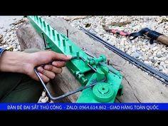 Bàn bẻ đai sắt nhanh không thua gì máy bẻ đai sắt xây dựng - YouTube Metal Bending Tools, Metal Working Tools, Metal Tools, Metal Art, Grill Gate Design, Fence Design, Samba, Civil Engineering Construction, Homemade Tractor