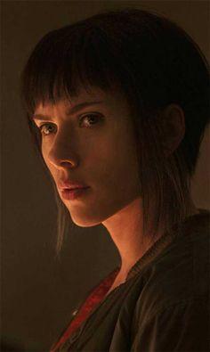 Disfruta un abrebocas de Scarlett Johansson como The Major en Ghost In The Shell