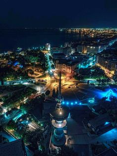 View of Thessaloniki by night [Hellas Inhabitants Of The Shiny Stone] Air France, Mykonos, Santorini, Greek Beauty, Paradise On Earth, Macedonia, Greek Islands, Night Life, Travel Photography