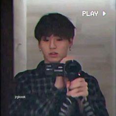 Jungkook Selca, Jungkook Cute, Bts Jin, Bts Taehyung, Foto Jungkook, Foto Bts, Bts Aesthetic Pictures, Aesthetic Gif, Bts Memes