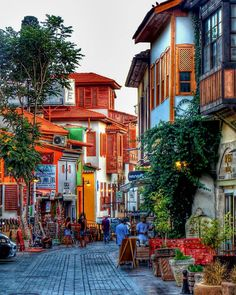 Old Town, Holiday Ideas, Istanbul, Costa, Times Square, Things To Do, To Go, Street View, Spaces