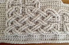 Large Celtic Cables by Suvi