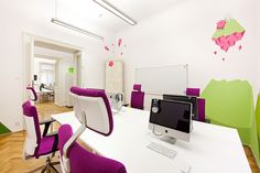 Applicake, Krakow, Poland - SQart Workstation and Belite chairs by BN Office Solution