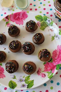YUMMY TUMMY: Nutella Mini Cupcakes - Just 3 Ingredients, No Butter or Oil
