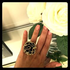 Shop Women's Free People Black Gold size OS Rings at a discounted price at Poshmark. Description: Gorgeous Black and Gold Statement ring with stretchy band. Plus Size Rings, Black Rings, Statement Rings, Black Gold, Free People, Gemstone Rings, Band, Gemstones, Jewelry