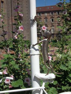 Torneranno le farfalle http://sonoinvacanzadaunavita.it/2016/01/torino-si-scopre-romantica-grazie-alle-opere-dellartista-giardiniere/