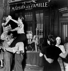 Robert Doisneau (1912 – 1994) was a French photographer. In the 1930s he used a Leica on the streets of Paris; together with Henri Cartier-Bresson he was a pioneer of photojournalism