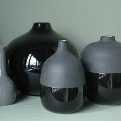 black colour dipped pot.jpg