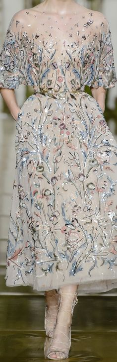 Zuhair Murad Fall 2017 Haute Couture Couture Fashion, Runway Fashion, High Fashion, Crystal Embroidery, Glam Style, Fashion Advertising, Floral Fashion, Zuhair Murad, Couture Dresses