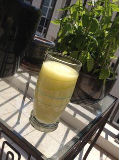 Smoothie frais & léger du retour du marché (courgette, citron, coco) |