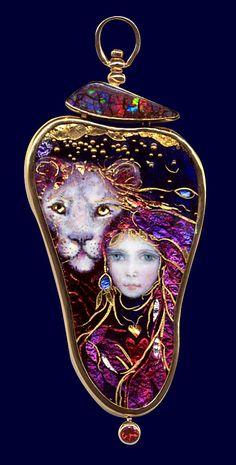 Enamels by Mona & Alex Mona Szabados Enamel Jewelry, Gemstone Jewelry, Antique Jewelry, Vintage Jewelry, Body Jewelry, Jewelry Art, Jewelry Necklaces, Jewelry Design, Sgraffito