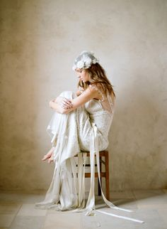 (via Elizabeth Messina & Claire Pettibone | Wedding Blog – Wedding Colors & Inspiration | Grey Likes Weddings)
