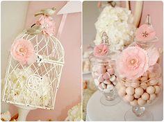 ideen babyparty mädchen vogelkäfig weiße hortensie rosa blumen deko