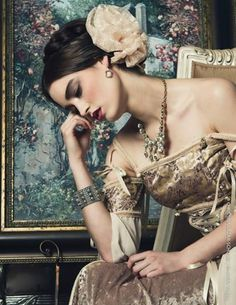Keep The Glamour, ♕LadyLuxury♕ Baroque Fashion, Fashion Tv, Couture Fashion, Mode Baroque, Editorial Photography, Fashion Photography, Mode Vintage, Poses, Alter