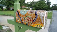 Paisley Mosaic Mailbox Makes me wish we had home delivery!