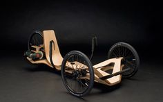 Cool Electrical Recumbent Bike is Driven by Cordless Screwdriver
