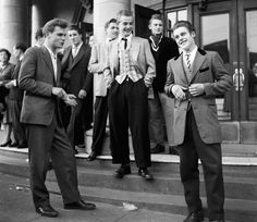 1950's fashion | As with every era, the men's fashion of the fifties was a little ...
