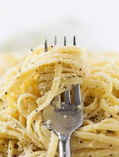 Cacio e Pepe - Table for Two