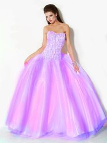 I love this style of gown, and the colour of it is so pretty!